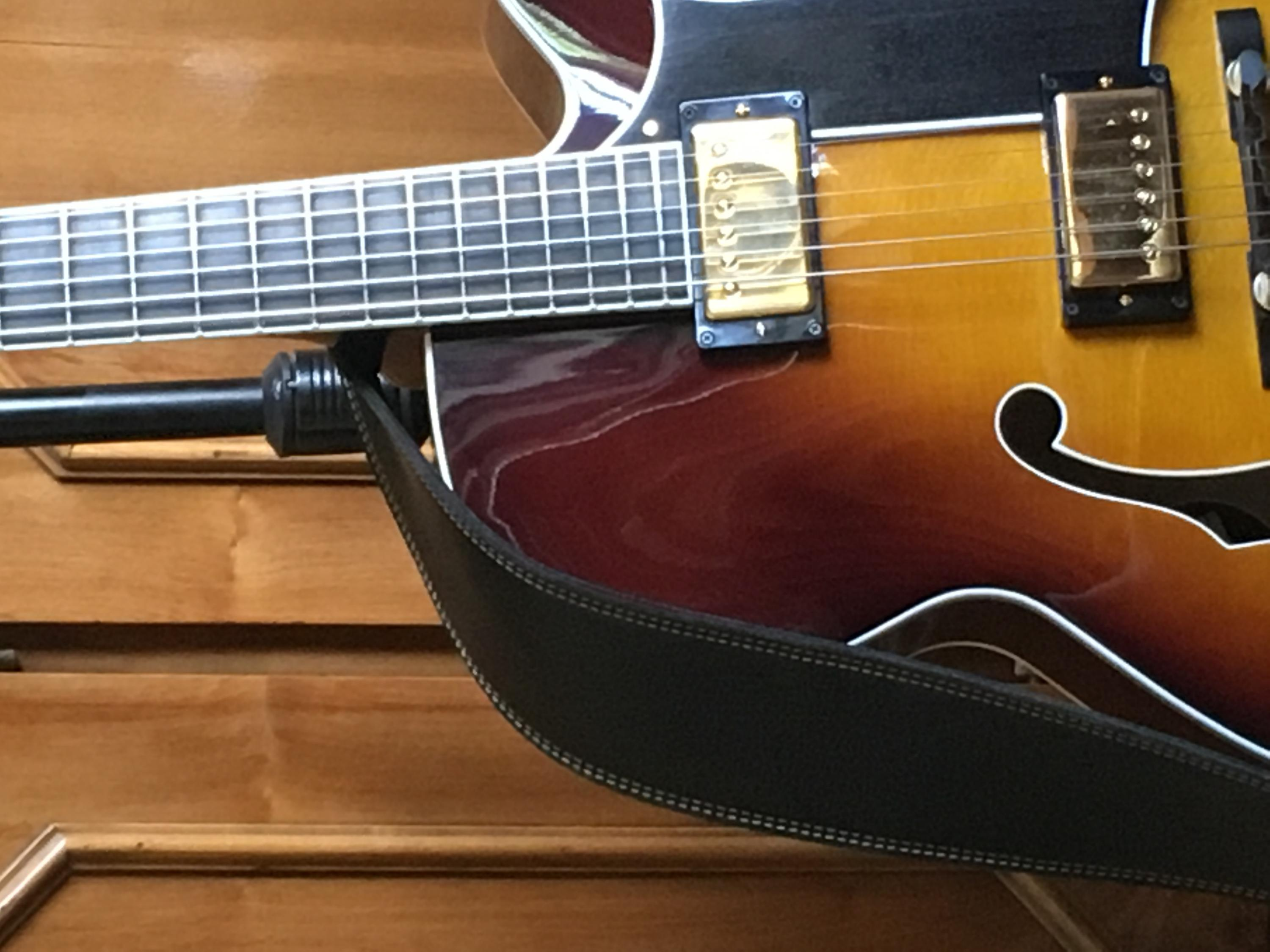 Two good things about Heritage guitars-img_4620-jpg