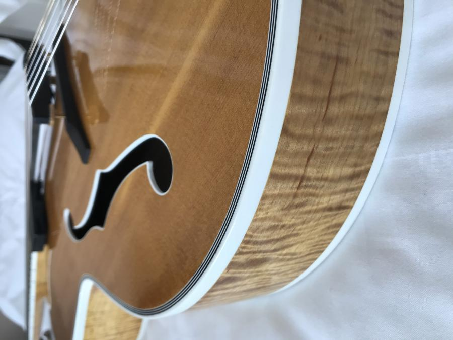Two good things about Heritage guitars-img_5907-jpg