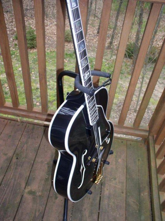 Two good things about Heritage guitars-b495ec92-0bda-4cdb-a9ea-21896a989a57-jpeg