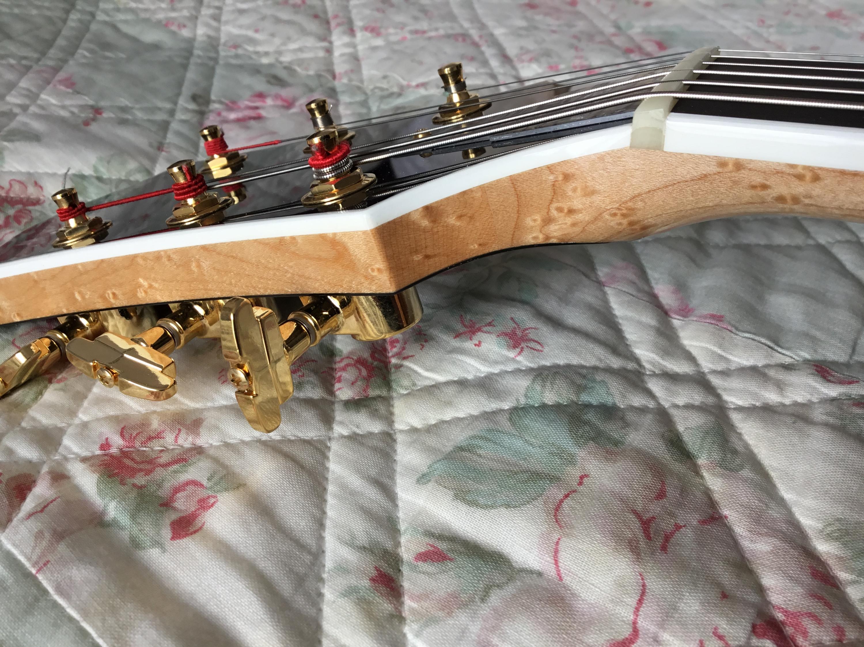Gibson vs Campellone headstocks-916788df-3b06-4ed5-81c0-588a2ecaff22-jpg