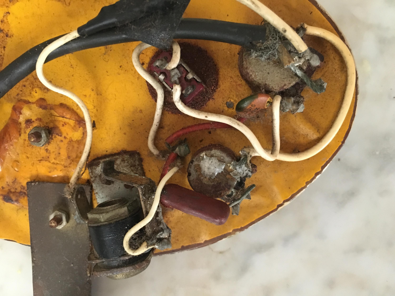 DeArmond RythmChief 1100 - Pickguard & Electronics, how to refurbish?-img_3958-jpg