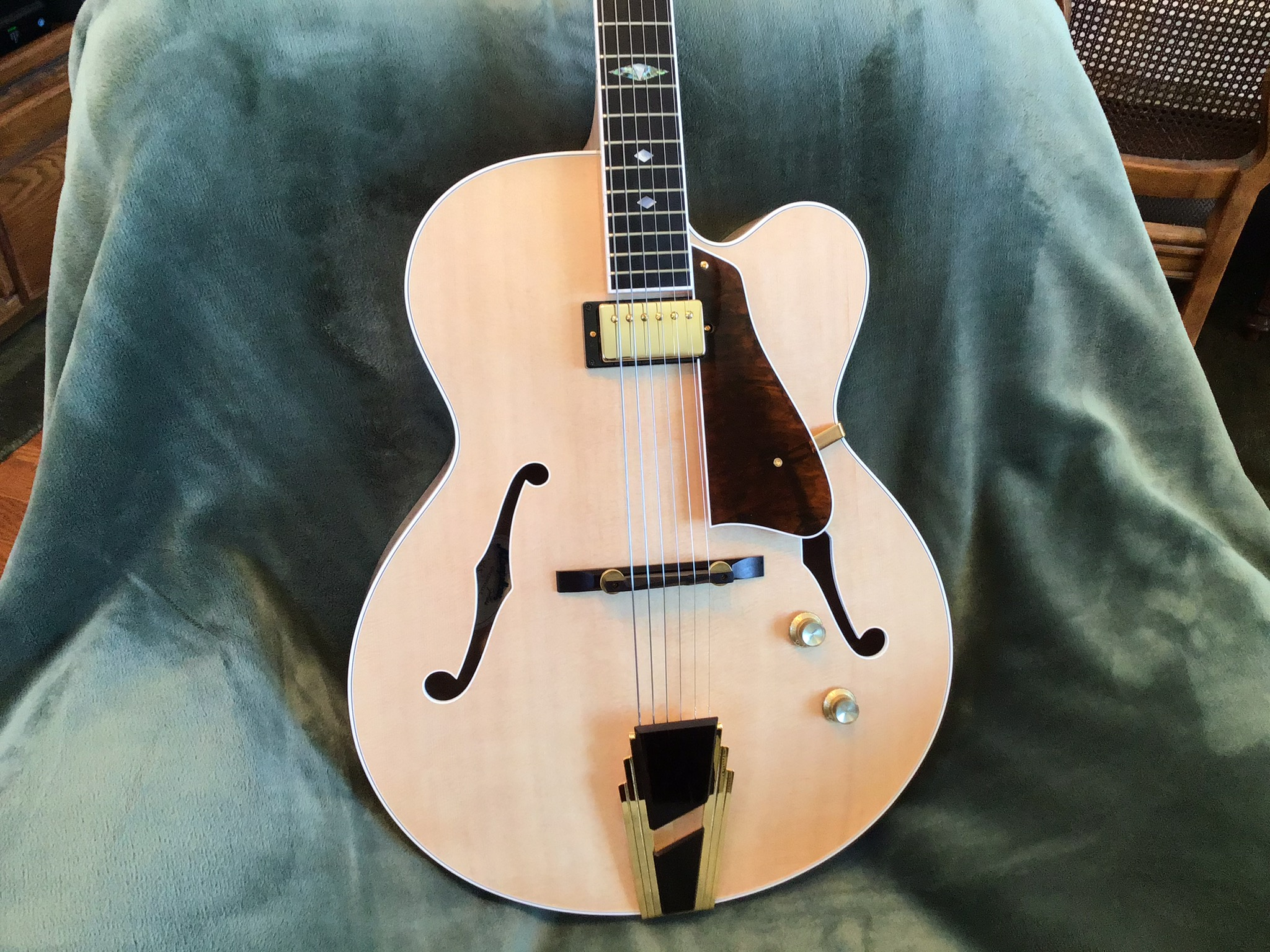 """17"""" Archtop Replacement for an L-5-29f8fa87-3fcc-49e7-993f-bde8e784c554-jpeg"""