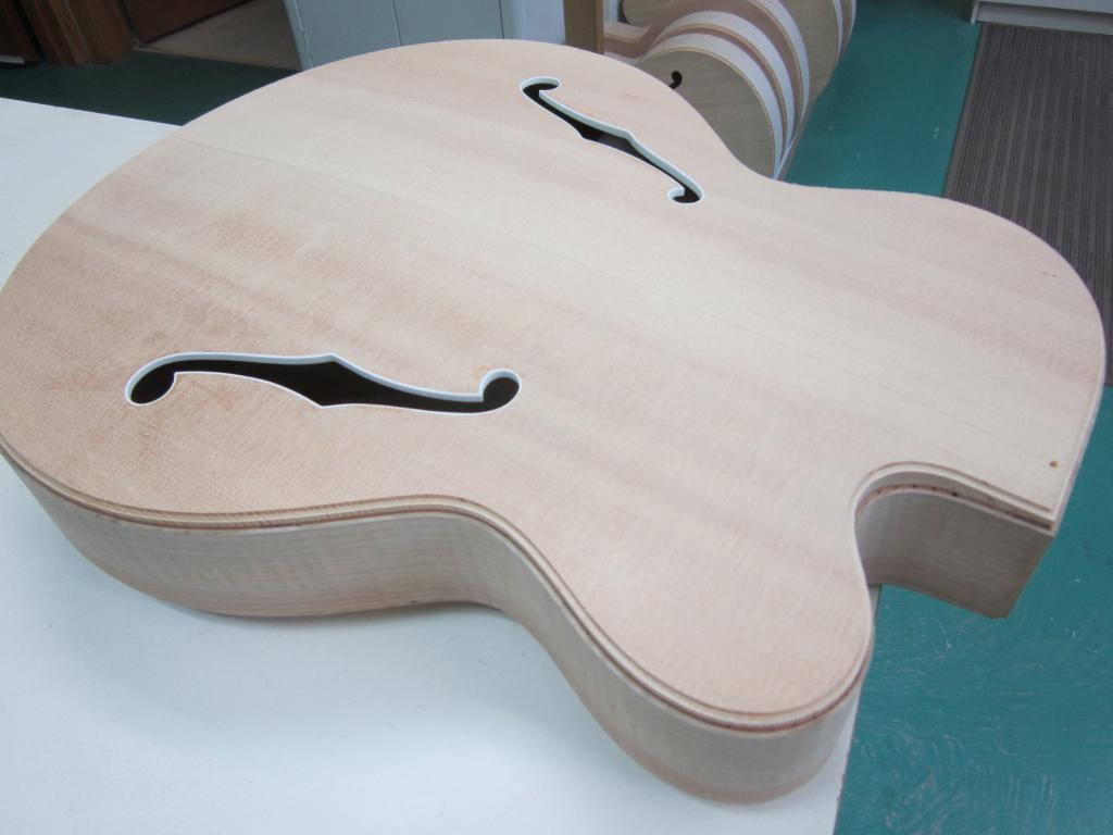 The New Campellone Custom V1K model begins-85bca58e-c29b-4f6f-8d6b-3e8e4dbe1e42-jpeg