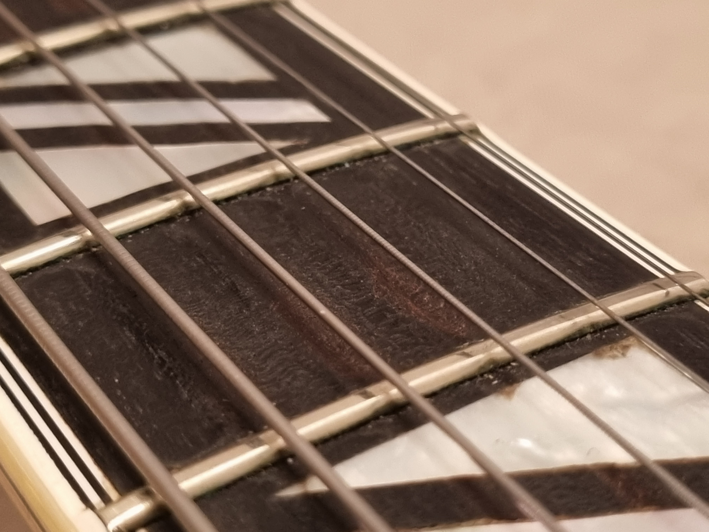 Fretboard pitting - What's the deal?-20210913_201358-jpg