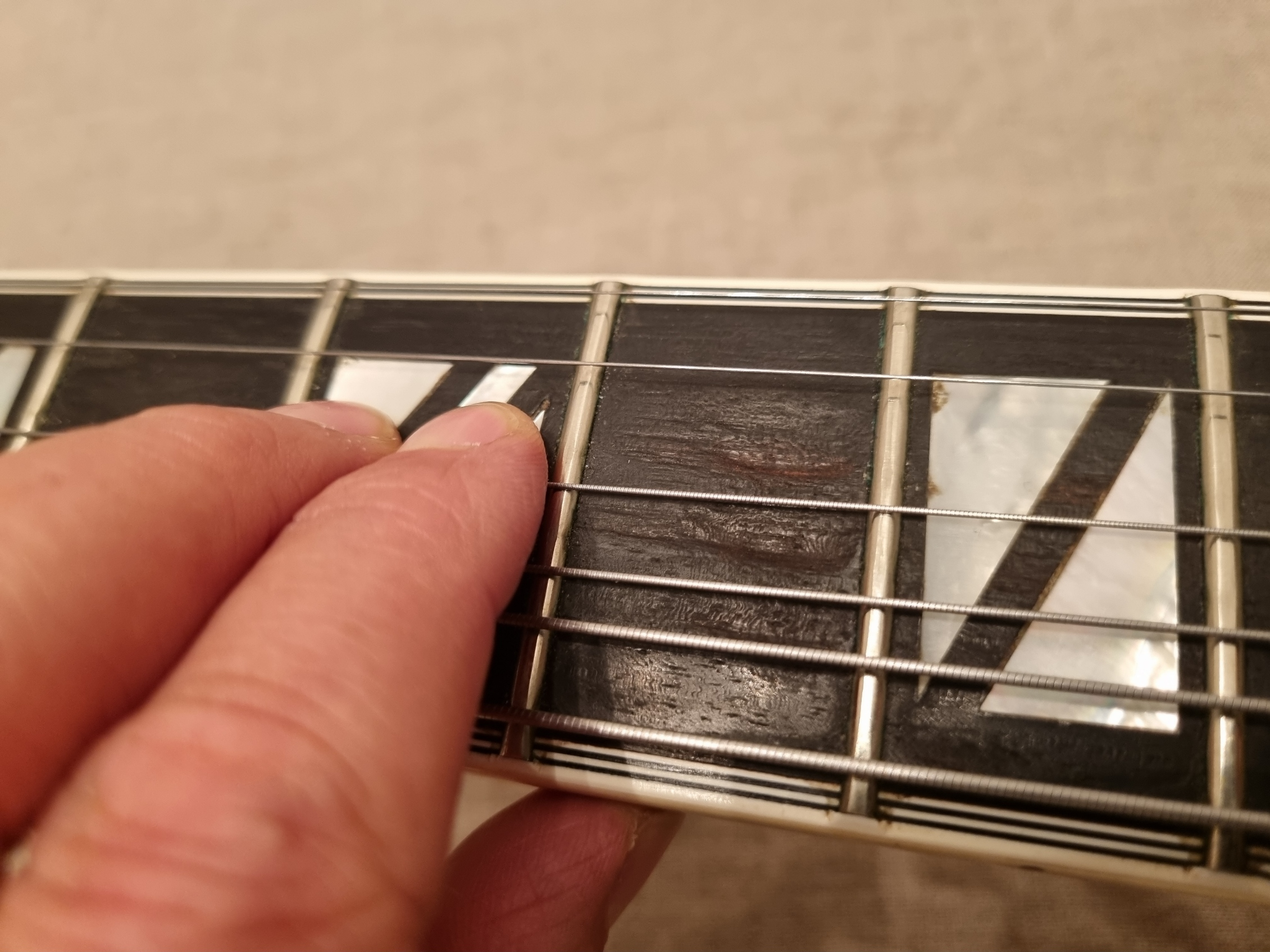 Fretboard pitting - What's the deal?-20210913_201428-jpg