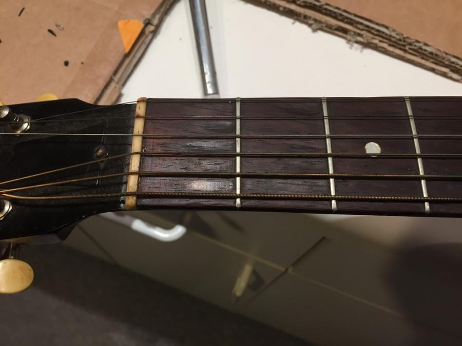 Fretboard pitting - What's the deal?-img_0846-jpg
