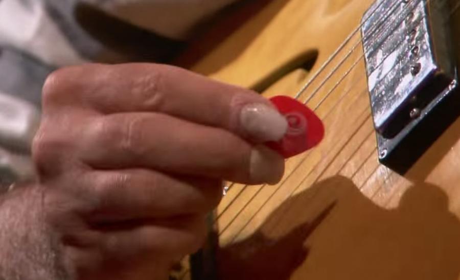 Pat Metheny Picking-patmethenypicking-jpg