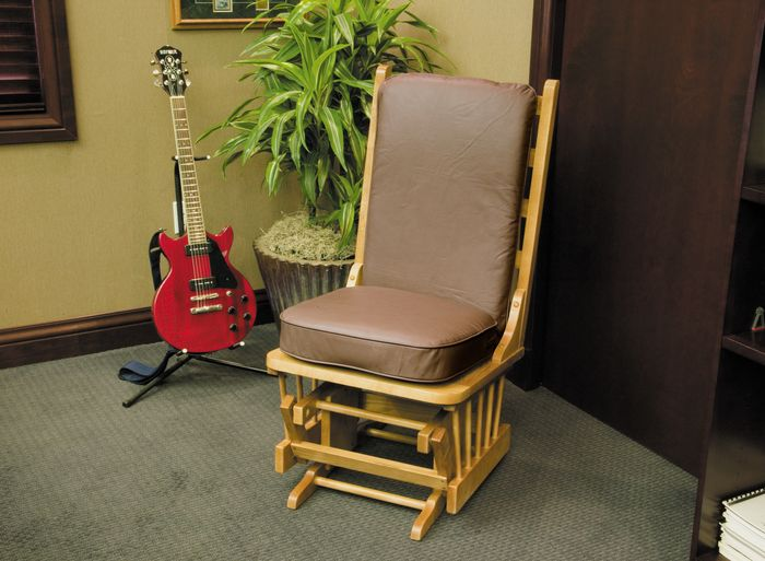 What type of seating used when playing?-pick-jpg
