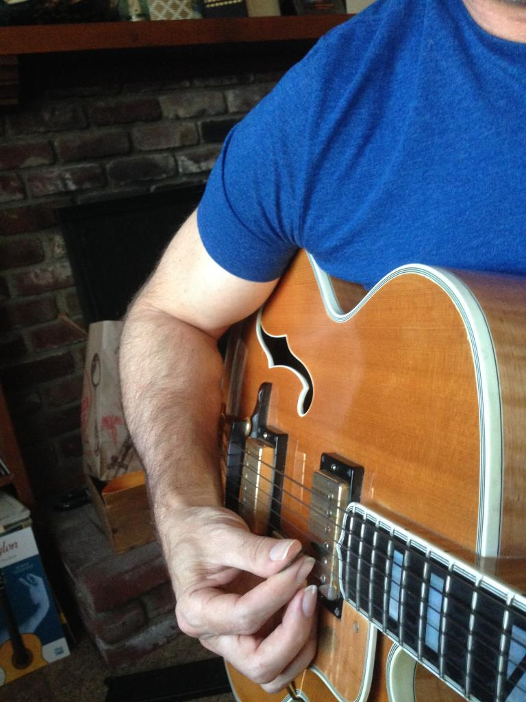 Benson Picking technique on Gibson L5 Wesmo-img_1221-jpg