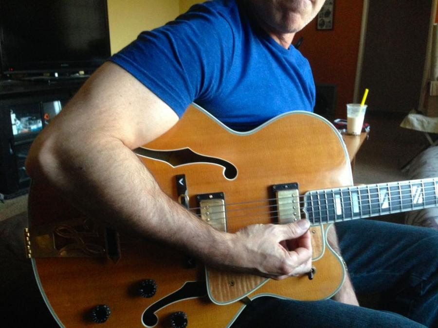Benson Picking technique on Gibson L5 Wesmo-img_1216-jpg
