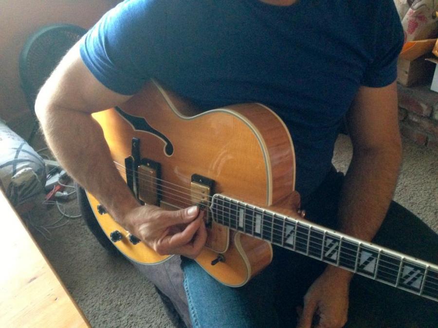 Benson Picking technique on Gibson L5 Wesmo-img_1212-jpg
