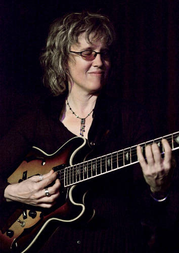 Benson Picking technique on Gibson L5 Wesmo-sherylbailey-jpg