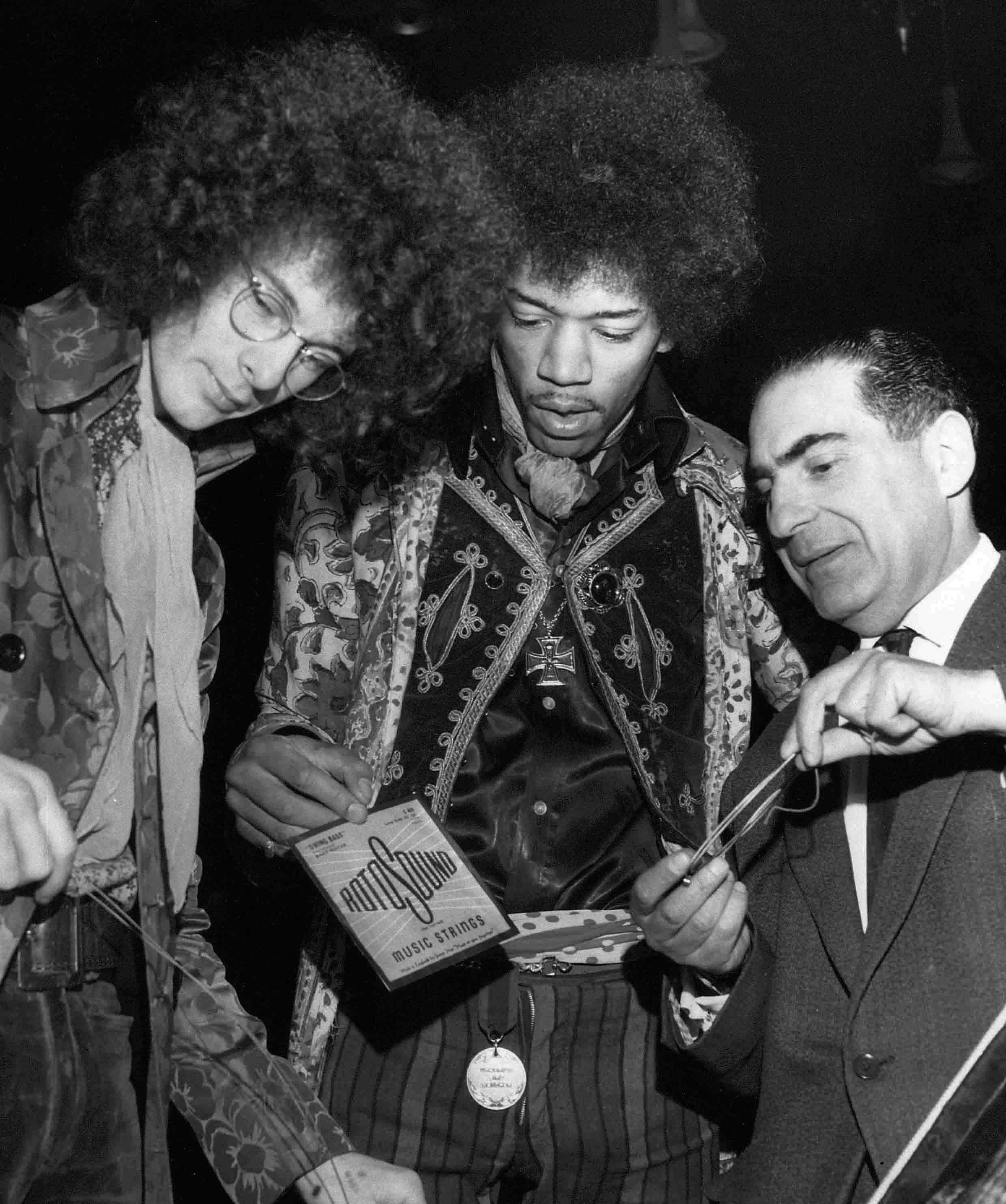 Jimi  Hendrix's guitar string gauges-jimi-hendrix-noel-redding-alan-marcuson-rotosound-guitar-strings_purley-orchid-ballroom-march-1s-jpg