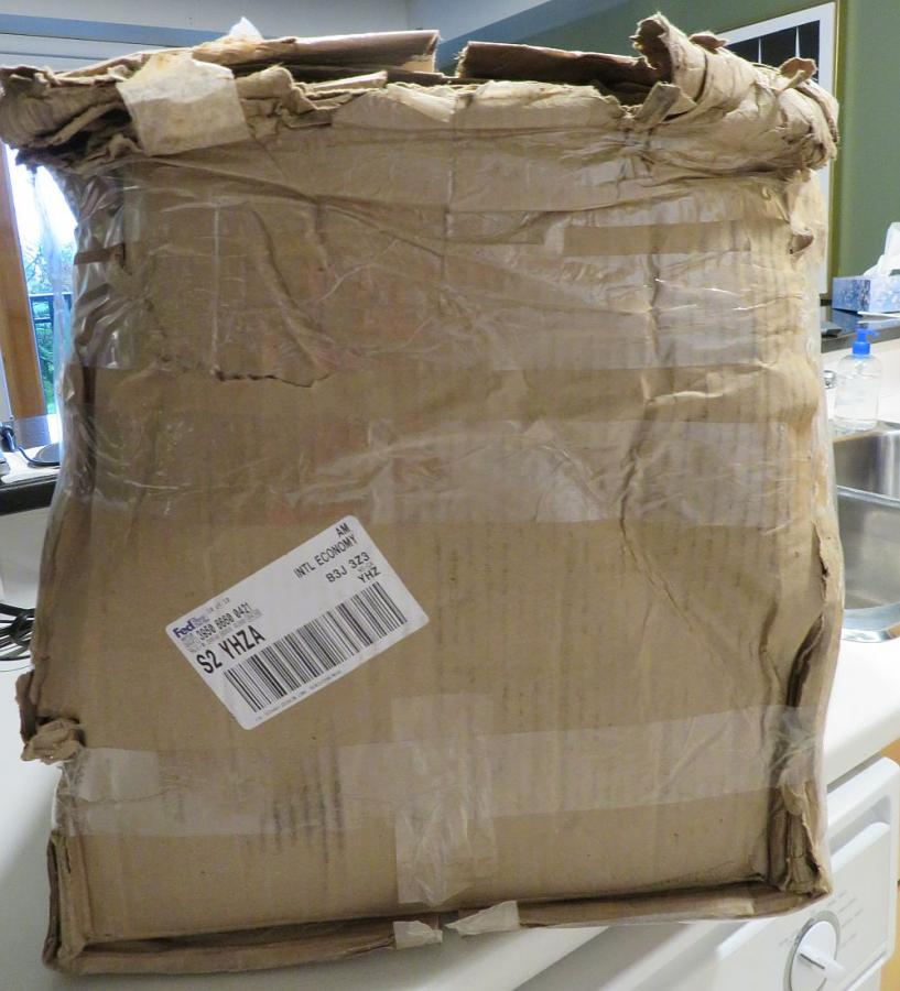 FEDEX Shipping Insurance on 00+ Archtop-outerboxdamage1-jpg